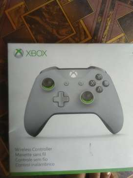 XBOX ONE CONTROLLER SPECIAL EDITION