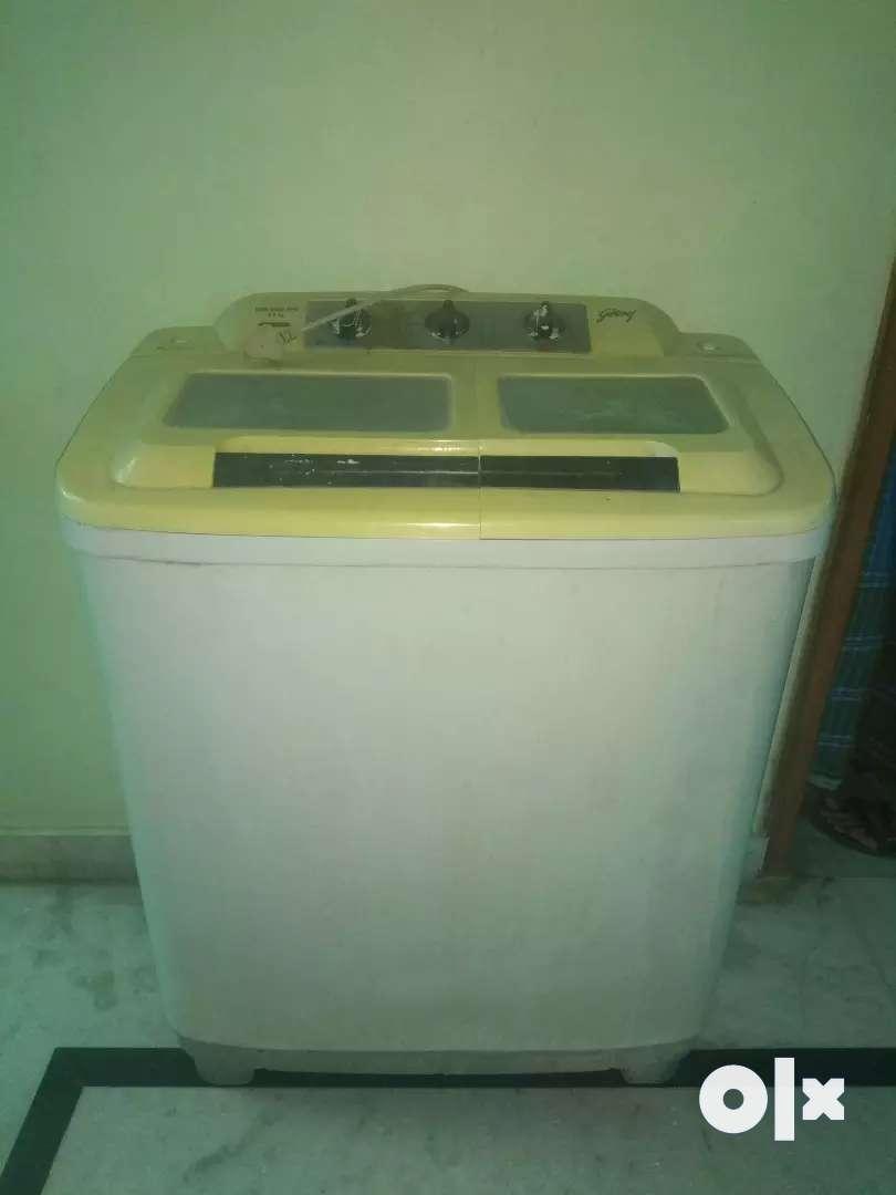 Washing Machine by Godrej of 6.5 kg 0