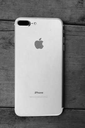 I phone 7 plus for sell