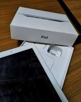 iPad 2 64 GB Wi-Fi & Celullar BANYAK BONUSNYA!!