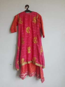 Long frock in red and golden