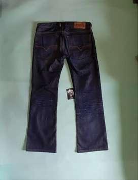 Jeans diesel Size 30 / 32 L.86cm P105cm Ol.22cm Kindisi like new