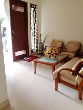 Rumah LT 475 m2 Jogja Regency Jl. Solo Lokasi Premium Fully Furnished