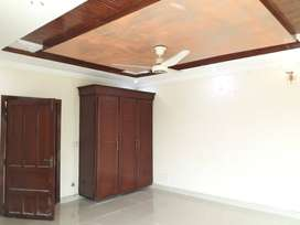 10 Marla Double unit House 5bed