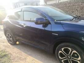 Honda vezel Z 2015, Islamabad Reg 2017  in a very good condition.