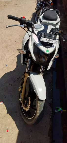 Apache RTR 200  very good condition bike (pls don't West time )
