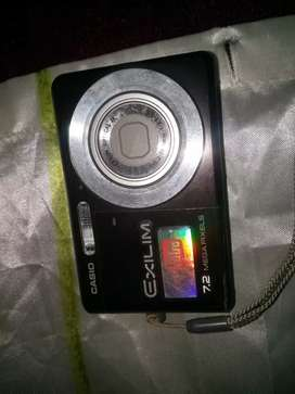 Camera - Casio Exilim Z77 7.2 mega pixel, Final price!!