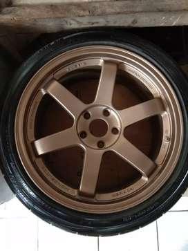 Volk Rays TE37 R18 5×114