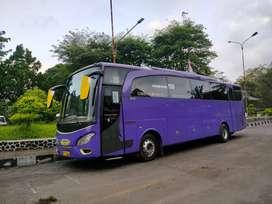 Bus Pariwisata Mercedes Benz OH 1526 Tahun 2011