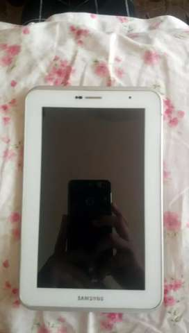 Samsung tablet ( 3G + wifi + 16 GB )
