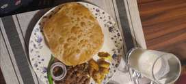 Chole bhature karigar