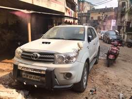 Toyota fortuner 4X4 manual