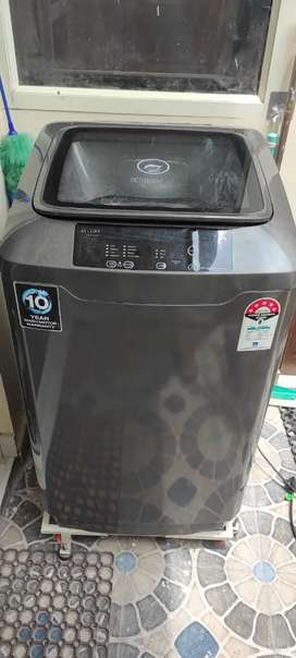 Godrej Fully Automatic 7.5 kg 5 Star Washing Machine 6 Month with bill