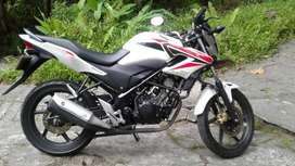 Sepeda motor Honda CB150R