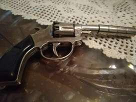 Maenan jadul pistol dumplis