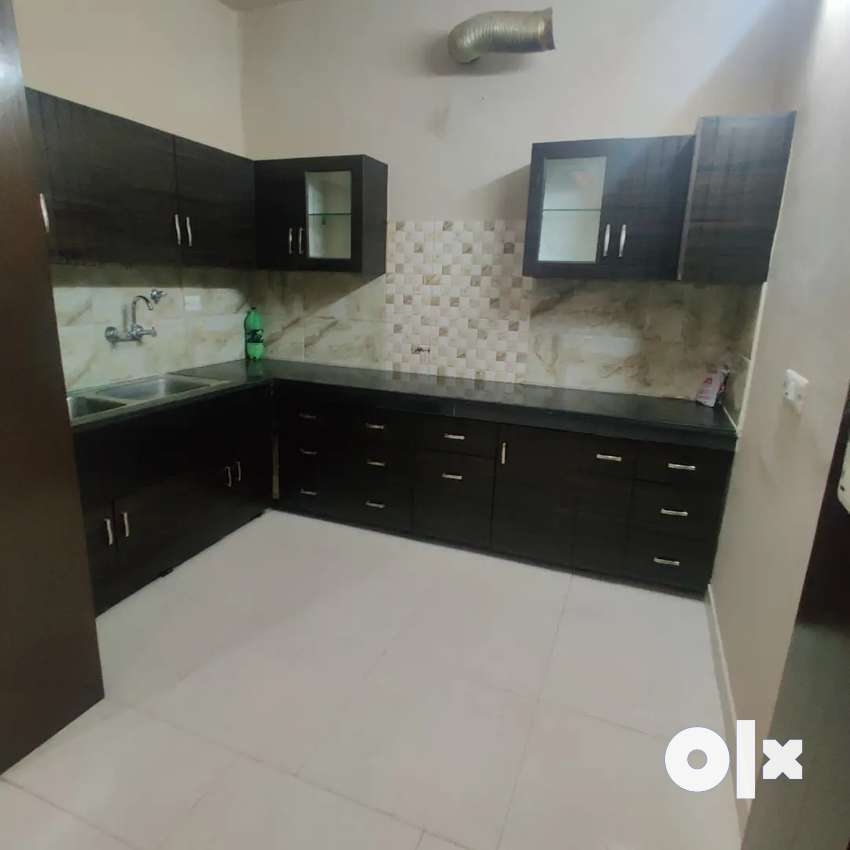 Army Flat 3bhk Renovated 1st floor