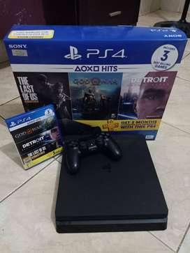 PS 4 500 GB pemakaian 8 Bulan