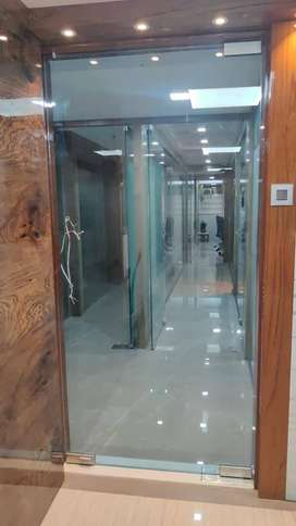 FULLY FURNISHED OFFICES ON RENT WITH ZERO BROKING SERVICES