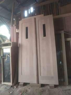 Kusen depan+pintu dobel komplit jendela kanan kiri kayu kamper