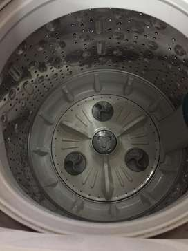An amazing LG-washing machine available at jawdropping price