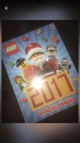 Lego - Official Annual 2017