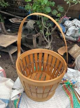 Keranjang bambu unik