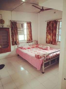 1bhk semi furnished kestopur hanapara Fridge bed.gas.AC almare.CALL ME
