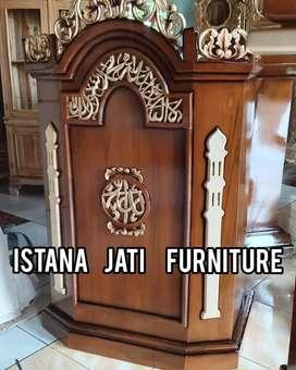 Tersedia Mimbar masjid khutbah podiuum kayu jati berkualitas