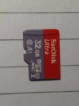 SanDisk Ultra 32GB (class 10)