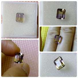 3,92 carat Octagon cut Natural Untreated Yellow & Purple Ametrine