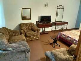 Model Town 10 Marla Fully Furnished 4 bed rooms For Short time