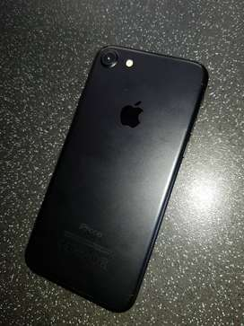 refurbished Iphone 7 New Condition  EMI Avaiable,