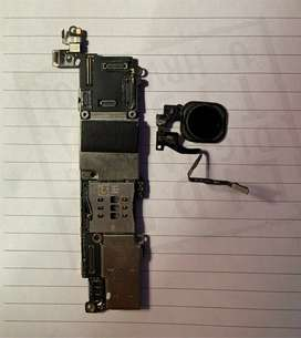 i'm Selling iphone SE 32Gb MotherBoard