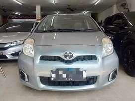 Toyota yaris 1,5 j  , AT automatic 2012 kondisi mulus