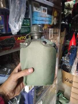 Pelpes hijau ( tempat minum ) standar TNI