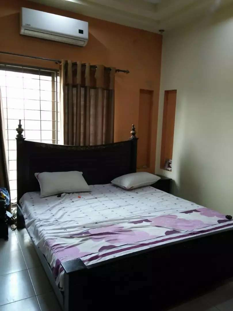 One kanal Upper Portion 3 Bed Furnished Available DHA Phase 1 0
