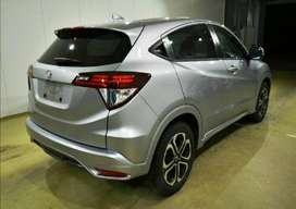 HONDA VEZEL AUTOMATIC GET ON EASY INSTALLMENT AVAILABLE