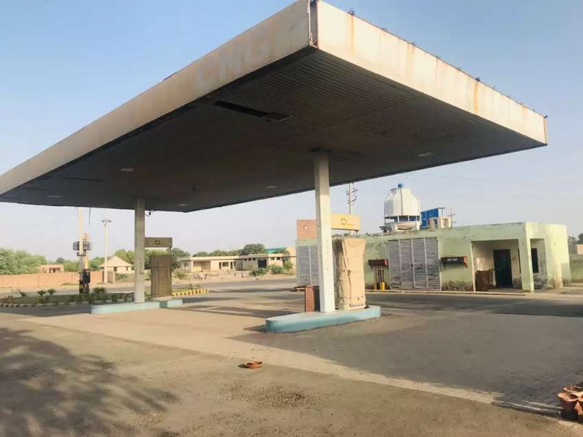 Fuel station (structure)  for rent 0