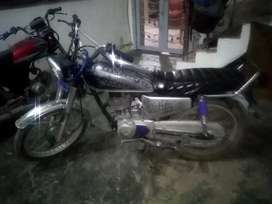 Honda 125 (2003)for sale with good condition.