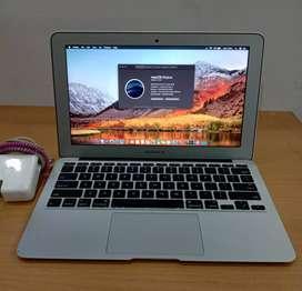 B E L i..MacBook iMac harga tinggi tlp wa kami datang Cash
