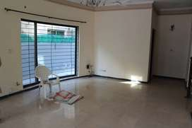10 MARLA HOUSE FOR RENT IN DHA LAHORE DEFENCE