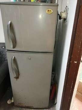 Lg digital dubbal door very good cooling