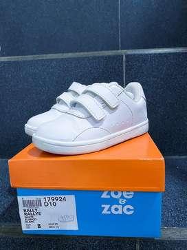 Sepatu anak Zoe & Zac