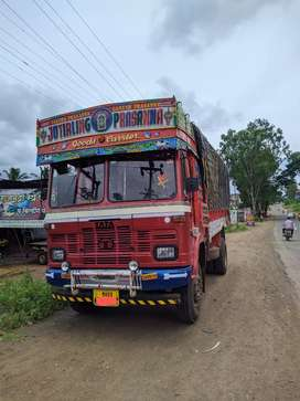 1613 truck full condition,2 year passing