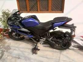 Yamaha R1 V3
