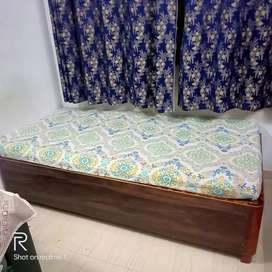 3 X 6 Diwan with storage and mattress
