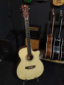 Gitar Akustik Body Jumbo Gitar