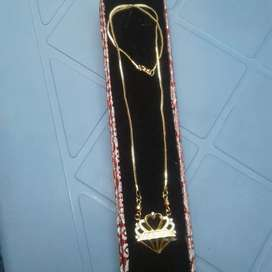 chains artificial gold
