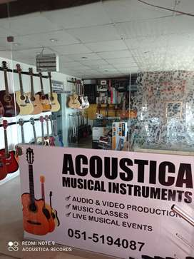 Best guitars and keyboards at Acoustica Guitar Shop