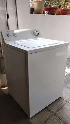 Mesin cuci Laundry GE 12 kg bisa BedCover